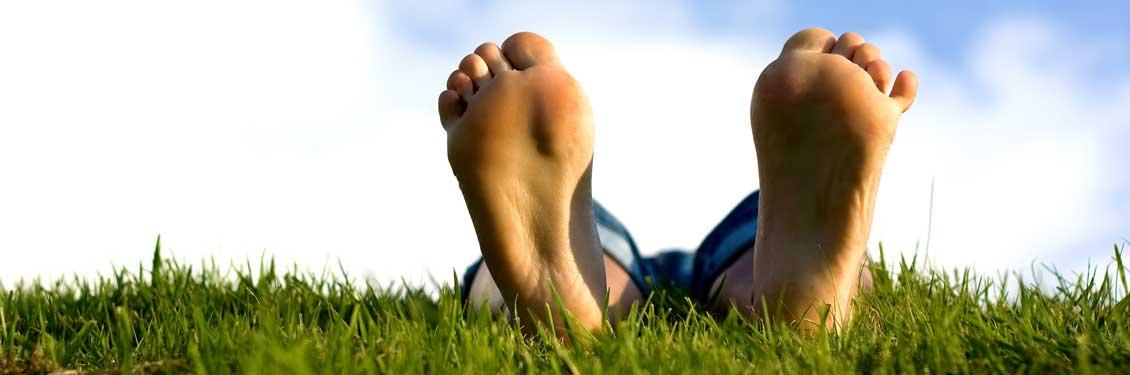 home-slider-voeten-in-gras
